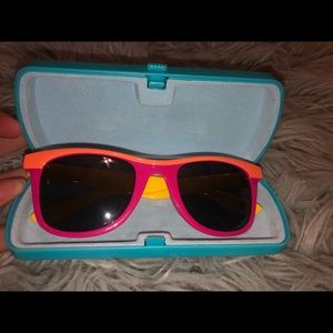 Sun glasses with sun glass case!